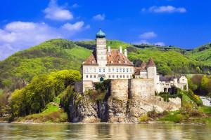 schonbuhl-castle