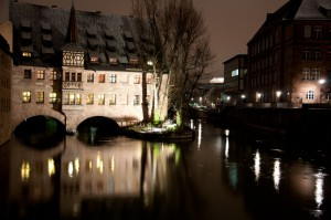 nuremberg-river-night