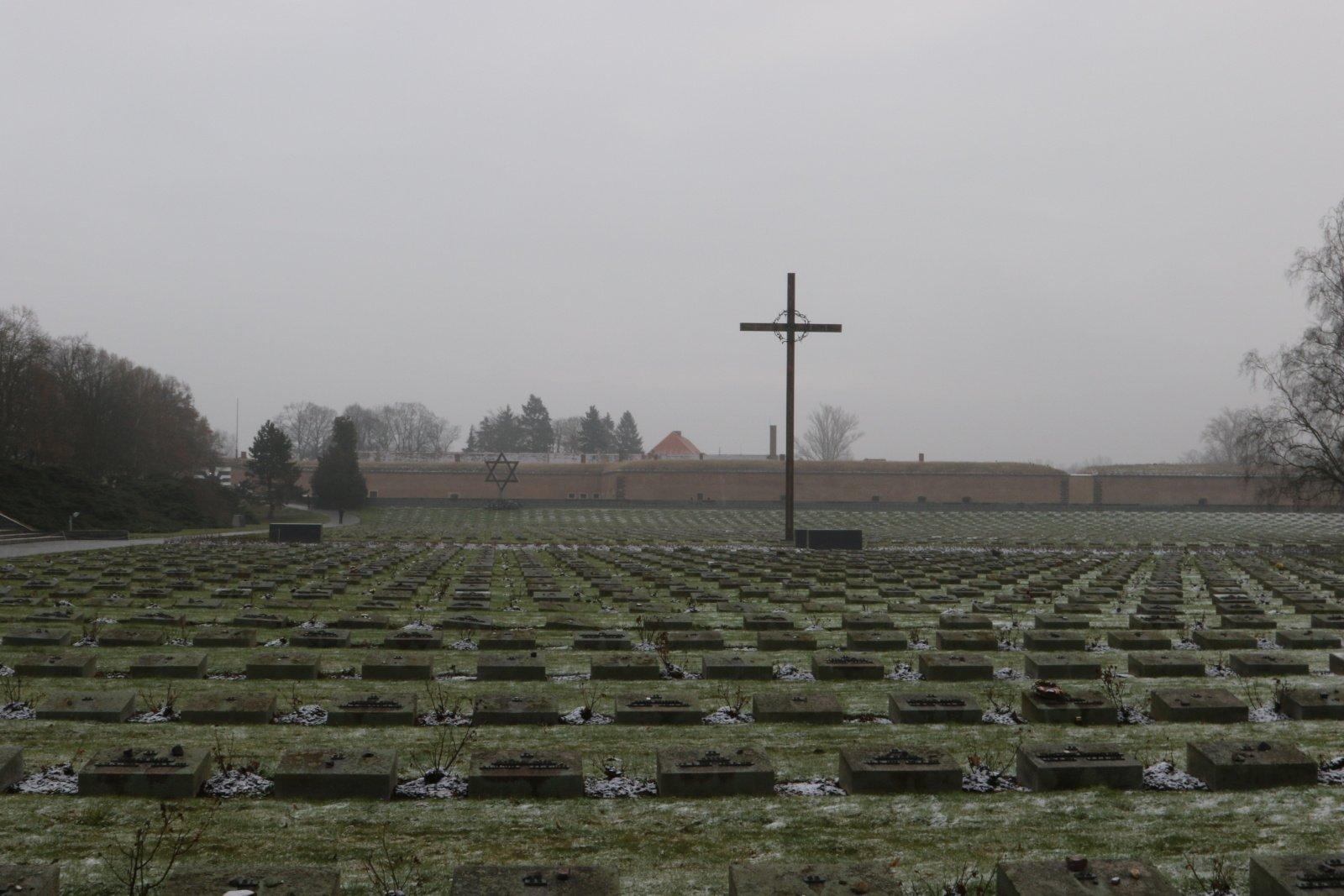 Terezin Memorial - cemetery