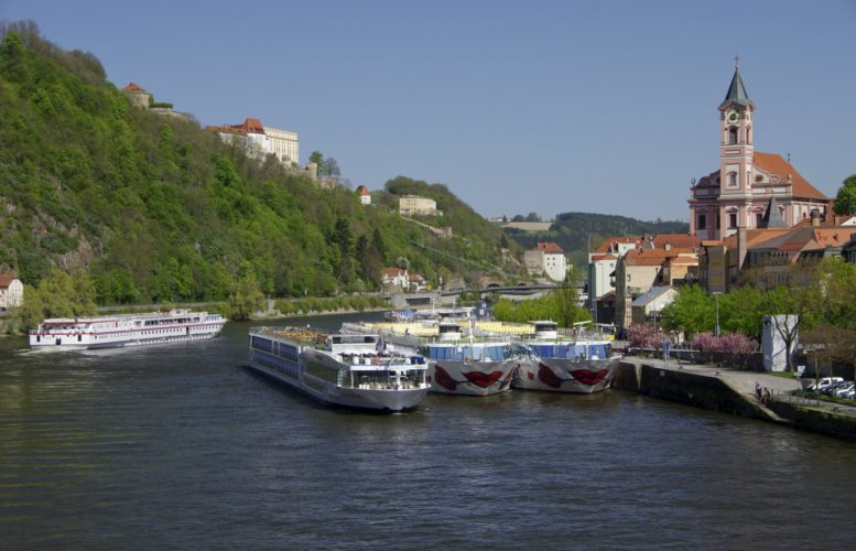 Transportation from / to Passau, Germany. Danube River cruises