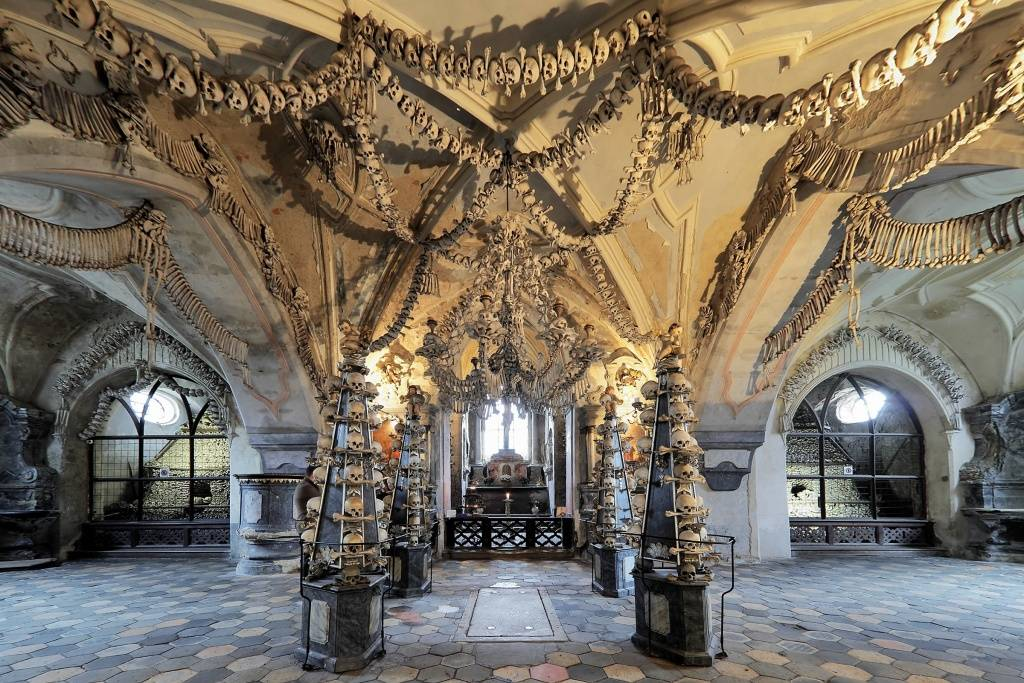 Sedlec Ossuary - bone church