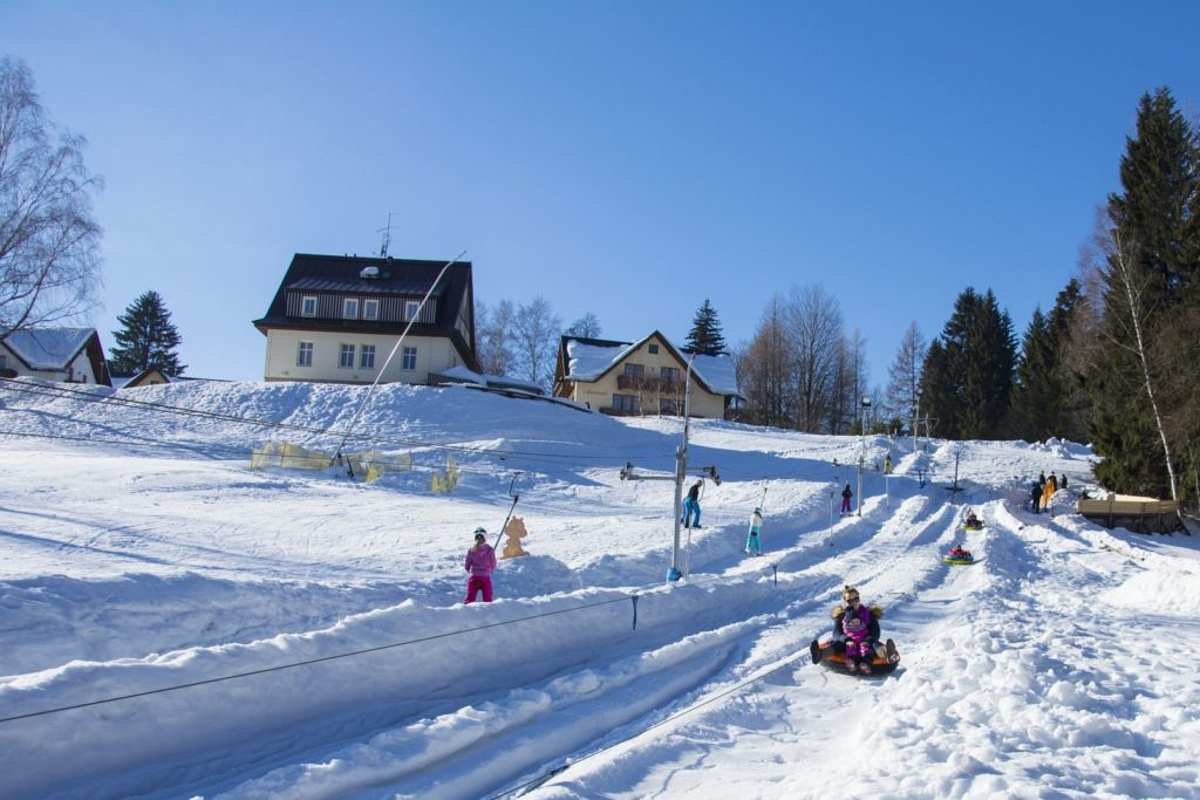 Snowtubing in Spindleruv Mlyn