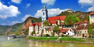 durnstein-river-view