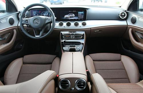 mercedes-benz-e-class-estate-interior-5