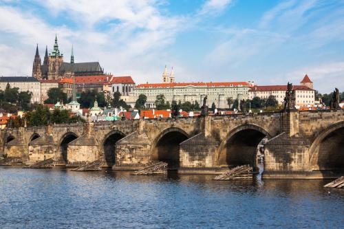 prague-castle-havranek