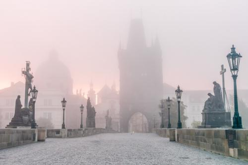 prague-charles-bridge-fog