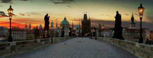 prague-charles-bridge