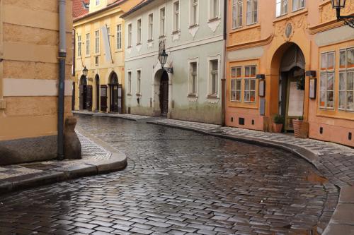 prague-misenska-rain-1