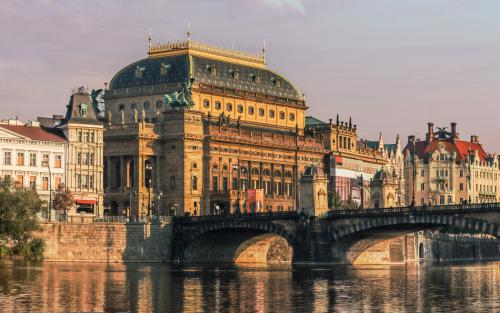 prague-national-theatre
